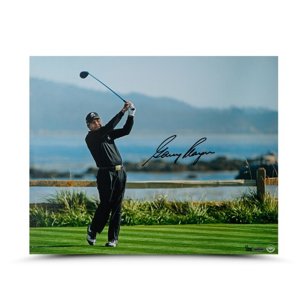 GARY PLAYER AUTOGRAPHED TEE SHOT ON 18 PHOTO
