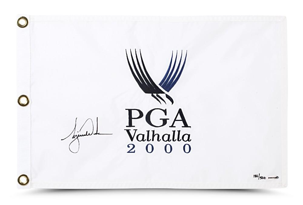TIGER WOODS AUTOGRAPHED 2000 PGA CHAMPIONSHIP PIN FLAG
